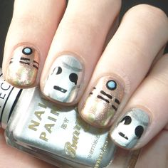 Doctor Who Inspired Metallic Nails.