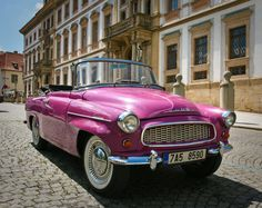 Skoda tours in Prague are available in a pink Skoda Felicia convertible. Tour Prague in style with an open top Skoda tour and discover the bohemian Czech capital. Vintage Pink, Vintage Cars, Prague City, Bye Felicia, Taxi Driver, Bel Air, Old Cars, Convertible, Hot Pink