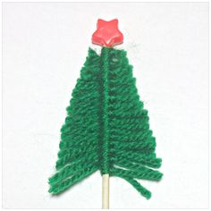 atty's: To get you in the mood for Christmas, #craft, children, elementary school, X-mas tree, #knutselen, kinderen, basisschool, Kerstmis, kerstboom van draadjes en sateh prikkers