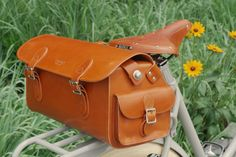 If I did leather work, I would be all over this Brooks Glenbrook Holdall via Adeline Adeline