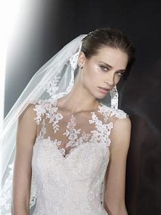 Sikk Esküvői és Öltöny Szalon > Menyasszonyi ruhák