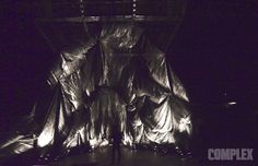 Snarkitecture and En Noir come together again for an experiential fashion show.