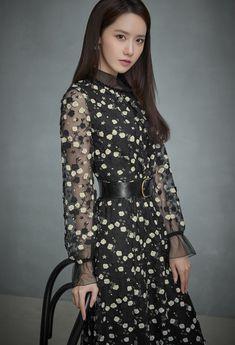 Mystarmyangel (@mystarmyangel) / Twitter Asian Woman, Asian Girl, Yuri Girls Generation, Yoona Snsd, Celebs, Celebrities, Beautiful Asian Women, Modern Fashion, Fashion Styles