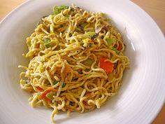 Chinesische Eier - Nudeln, ein tolles Rezept aus der Kategorie Wok. Bewertungen: 56. Durchschnitt: Ø 4,1.