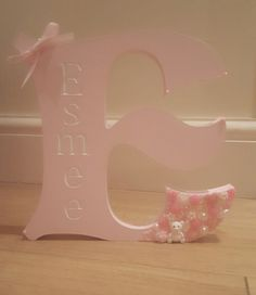 Personalised freestanding letter girly and pretty https://m.facebook.com/glamBeauty1/