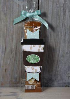 """Heute zeige ich Euch die neue Serie """"Kaffee, Ole!"""" von Stampin' Up!. Ich hab ein schnelles Mitbringsel mit dem süßen Kaffeebecher vorbereitet."""