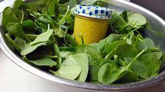 Fettarmes Mango Senf Dressing #salatdressing #vegan #ölfrei #fettarm #diät #fasten #beauty http://happygreenmind.de/leckere-oelfreie-fettarme-und-vegane-salatdressing-rezepte/