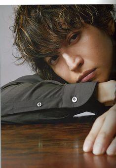 Yoshi, Idol, Twitter, Woodwind Instrument