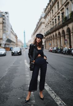 Convenient And Stylish Combination's Made With Leather Jacket For Women - Women Fashion - Fashion 2017, Love Fashion, Girl Fashion, Autumn Fashion, Fashion Outfits, Fashion Trends, Style Fashion, Travel Outfits, Outfits With Hats