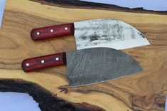 Damascus Blade, Damascus Steel, Knife Handle Making, Damascus Kitchen Knives, Forks Over Knives, Real Kitchen, Grill Accessories, Knife Handles, Knife Sharpening