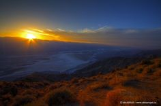 Photographs of sunset in Death Valley, from Dante's View.