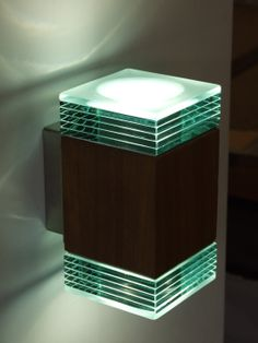 LED exterior layered glass up and down light. Contemporary Lighting, Side Table, Nuts And Bolts, Led, Lighting, Led Exterior Lighting, Woodworking Projects, Exterior Lighting, Downlights
