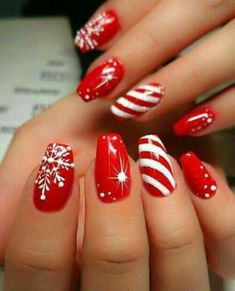 Designs for christmas ideas about Christmas manicure, pretty nails and Holiday nail art. As if ombre nails are not cool enough, this holiday nail design uses a glitter ombre with painted Christmas ornaments on each nail. The look is intricate and fun . Cute Christmas Nails, Xmas Nails, Christmas Ideas, Christmas Manicure, Nail For Christmas, Christmas Candy, Christmas Colors, Christmas Acrylic Nails, Chistmas Nails
