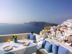 Santorini --- So this is going to be my new home, please feel free to visit!