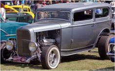 1932 Ford Model car
