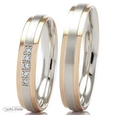 Trauringe 585/- Rotgold Weißgold F-07392-040 Beautiful Wedding Rings, Gold Wedding Rings, Wedding Ring Bands, Couple Rings Gold, Engagement Rings Couple, Couple Bands, Gold Jhumka Earrings, Gold Ring Designs, Unusual Rings