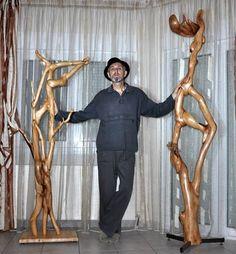 RENTAS  CHRISTOS artist member of ALESARTE the online ART gallery Christo Artist, Online Art Gallery, Artists, Artist