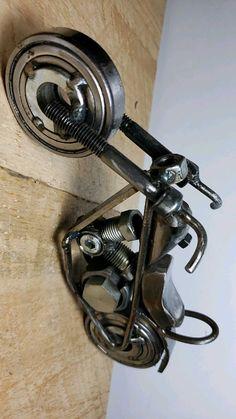 Diy Welding, Scrap Metal Art, Sketchbooks, Metals, Motorcycle, Creative, Crafts, Metal Crafts, Iron
