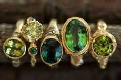 Audrius Krulis - row of rings in with yellow and green stones. Fantasy Jewelry, Jewelry Art, Vintage Jewelry, Fine Jewelry, Jewelry Necklaces, Gemstone Jewelry, Bracelets, Green Stone, Statement Jewelry