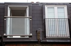 Add value, space and light to your loft conversion using a glass balustrade or Juliet balcony. Perfect for small or large Loft conversions. Balustrade Balcon, Balustrades, Glass Balcony, Small Balcony Decor, Balcony Ideas, Small Conservatory, French Balcony, French Windows, Loft Room