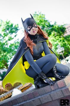 Batgirl from Young Justice worn by Sakuya Cosplay Batgirl Cosplay, Batman And Batgirl, Cat Cosplay, Halloween Cosplay, Cosplay Girls, Cosplay Costumes, Woman Costumes, Female Cosplay, Batman Art