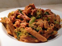 Penne with cashew and sundried tomato cream sauce- this is fantastic and the broccoli was yummy (I never say that about broccoli)!