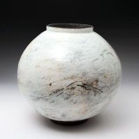 Lee Kang-hyo - Moon Jar