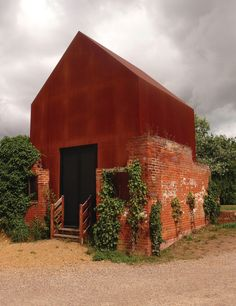 Architecture Renovation, Brick Architecture, Amazing Architecture, Architecture Details, Small Buildings, Metal Buildings, Facade Design, House Design, Recycled House