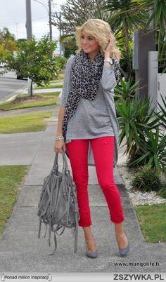 czerwone spodnie stylizacje - Szukaj w Google