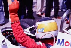 Carlos Reutemann, Albilad Wililams-Ford FW07C, 1981 F1 World Championshipthe 2nd evolution of the FW07 was again a championship contender with Reutemann going into the final Grand Prix, at Las Vegas' Ceasars Palace, as points leader with 49 pointshis rivals were Nelson Piquet, who scored 48 points & Jacques Laffite with 43if Reutemann stayed in front of both drivers at the end of the race he would win the world title, but luck wasn't on his ...
