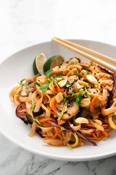 This vegetable pad Thai is loaded with healthy vegetables and tossed in an easy to make homemade pad Thai sauce! This dish comes together in under 30 minutes making it a great healthy dinner for weeknights. Thai Recipes, Veggie Recipes, Seafood Recipes, Asian Recipes, Whole Food Recipes, Vegetarian Recipes, Dinner Recipes, Pescatarian Recipes, Free Recipes