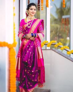 Marathi Brides Who Wore The Prettiest Plum Sarees! Bridal Sarees South Indian, Indian Bridal Outfits, Indian Fashion Dresses, Indian Bridal Fashion, Indian Wedding Sarees, Maharashtrian Saree, Marathi Saree, Marathi Bride, Marathi Wedding