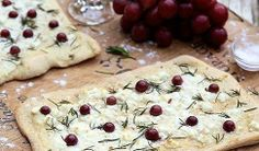 Haylie Duff's goat cheese and rosemary pizza