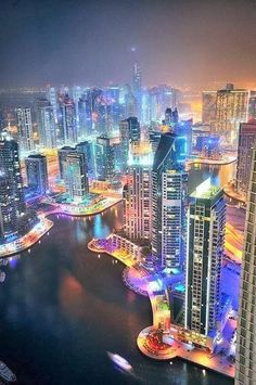 Lighting Dubai- my second dream place to visit!! Someday :)
