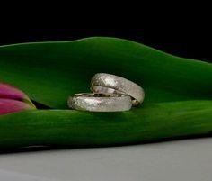 Partnerringe aus Silber Rings For Men, Wedding Rings, Engagement Rings, Jewelry, Silver, Enagement Rings, Men Rings, Jewlery, Jewerly