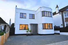 1930s art deco property in Leigh-On-Sea, Essex