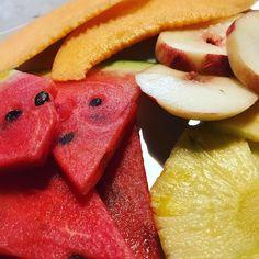 Caldo? Frutta a go go!!! #cocomero #pesca #melone #ananas