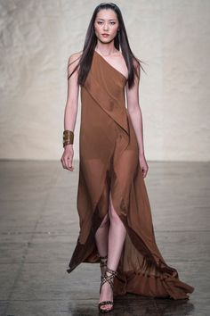 Donna Karan Spring 2014 Ready-to-Wear Collection Slideshow on Style.com