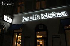 Lokal - My health Kitchen Wien - egan Wien - Freude am Kochen - vegan Vienna Lokal, Vienna, Health, Restaurants, Travel, Joy Of Cooking, Nice Breakfast, Good Food, Vegane Rezepte