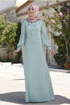 Hijab Outfit, Hijab Dress, Muslim Fashion, Modest Fashion, Fashion Dresses, Modele Hijab, Hijab Fashion Inspiration, Muslim Dress, Frock Design