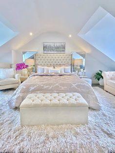 Luxury Bedroom Design, Room Design Bedroom, Room Ideas Bedroom, Home Room Design, Girl Bedroom Designs, Home Bedroom, Interior Design, Master Bedroom, Bedroom Decor For Teen Girls
