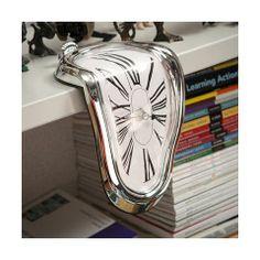 Horloge montre molle façon Dali CHIFFRES ROMAINS