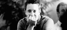 STAGE 2 - Alex: | Community Post: Hawaii Five-0's Alex O'Loughlin - The 5 Stages of Obsession Explained in GIFs