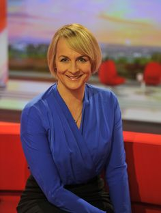 Louise Mary Minchin ne Grayson born 8 September 1968 is a British journalist and news presenter who currently works freelance within the BBC Queen of sw Bbc Wife, Christine Bleakley, Emily Maitlis, Bbc Presenters, Matt Baker, Newsreader, England Fans, Bbc World Service, Robin Wright