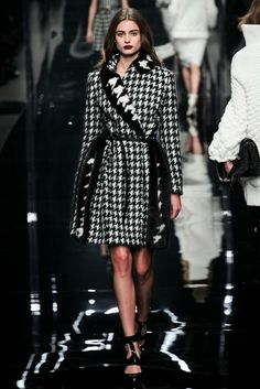 Ermanno Scervino Fall 2015 Ready-to-Wear - Collection - Gallery - Style.com