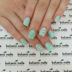 A simple blue nail design