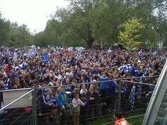 Crowds getting bigger for the CFC Victory Parade - 20 May 2012