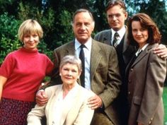 The cast is superb for British sitcom 'As Time Goes By' - starring Jenny Funnell, Judi Dench, Geoffrey Palmer, Philip Bretherton, and Moira Brooker. Two former lovers meet unexpectedly after not having been in contact for 38 years. British Tv Comedies, British Comedy, British Actors, Classic Comedies, Welsh, Bbc Tv Shows, British Humor, Judi Dench, Actresses