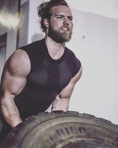 Hair And Beard Styles, Long Hair Styles, Long Hair Beard, Rugged Men, Hard Workout, Man Bun, Fine Men, Good Looking Men, Muscle Men