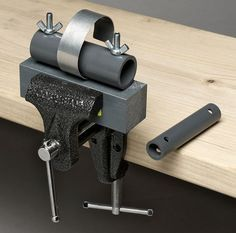 Tool Review: Cindy's Bender bracelet forming tool | Art Jewelry Magazine
